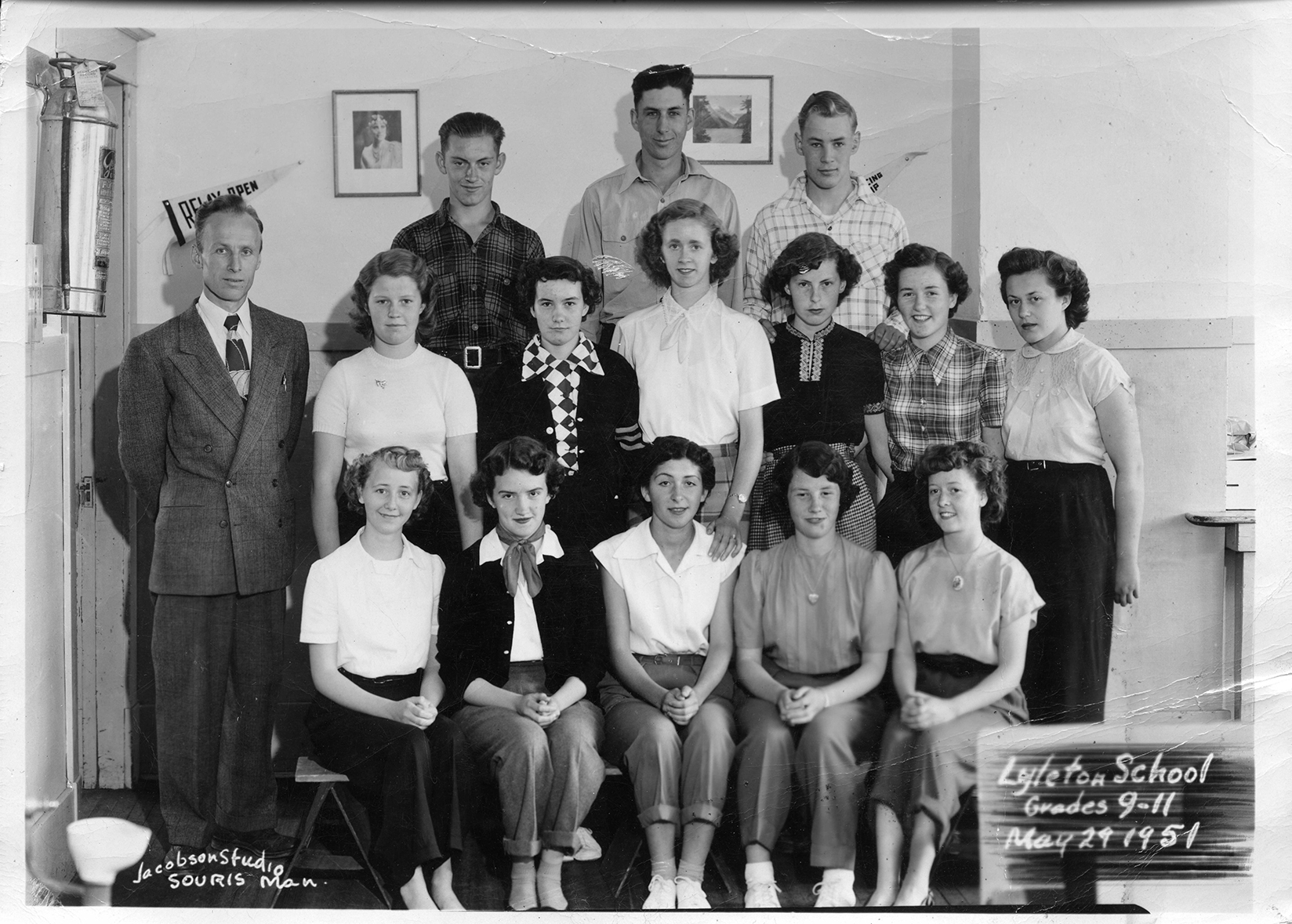 Sametz-Item-34-Lyleton-School-Grades-9-11-1951